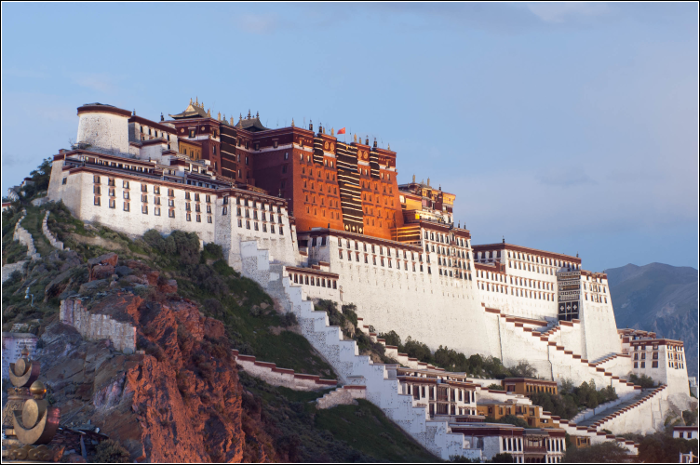 Qixi Festival - TOP 10 Must visit China - The Potala Palace Lhasa Tibet